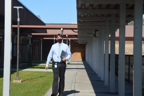 Mr. Dinverno checking out the campus.